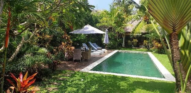 Traditional 3br villa nr beach big pool & garden
