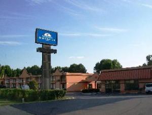 Americas Best Value Inn and Suites Memphis East