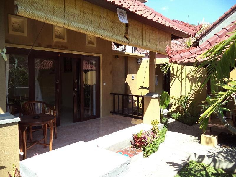 Bali Relaxs Homestay And Cafe