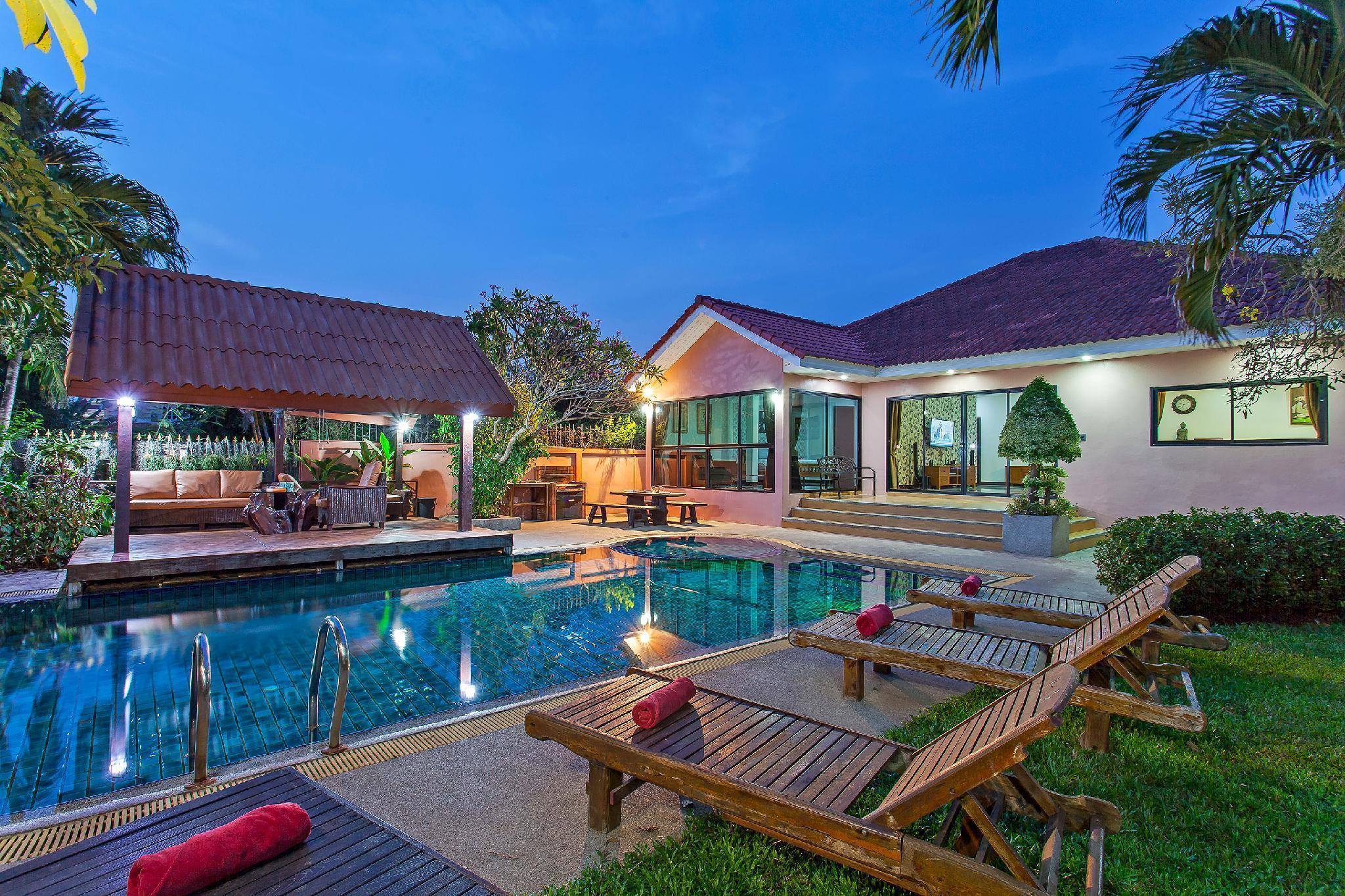Baan Chatmanee   Beautiful 5 Bed Villa in Jomtien วิลลา 5 ห้องนอน 5 ห้องน้ำส่วนตัว ขนาด 215 ตร.ม. – หาดจอมเทียน