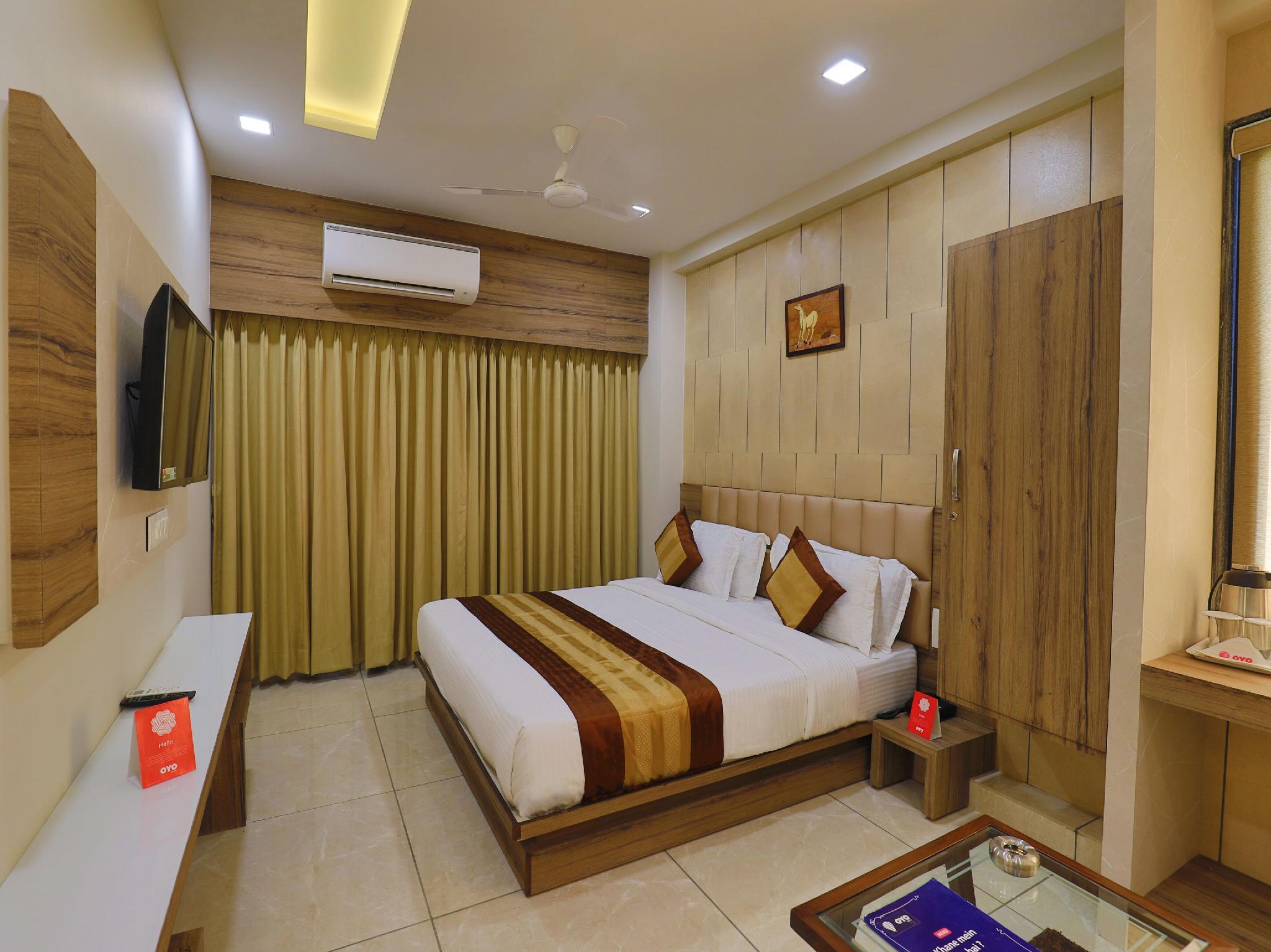 OYO 9851 Hotel Repose