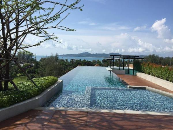 6Av 705 - Luxury condo, rooftop bar, pool and gym Phuket