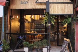 Znap's hostel and Cafe สแนป โฮสเทล แอนด์ คาเฟ่
