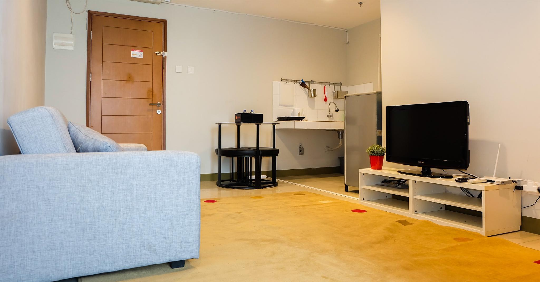 Comfy 2BR Gading Greenhill Apt By Travelio