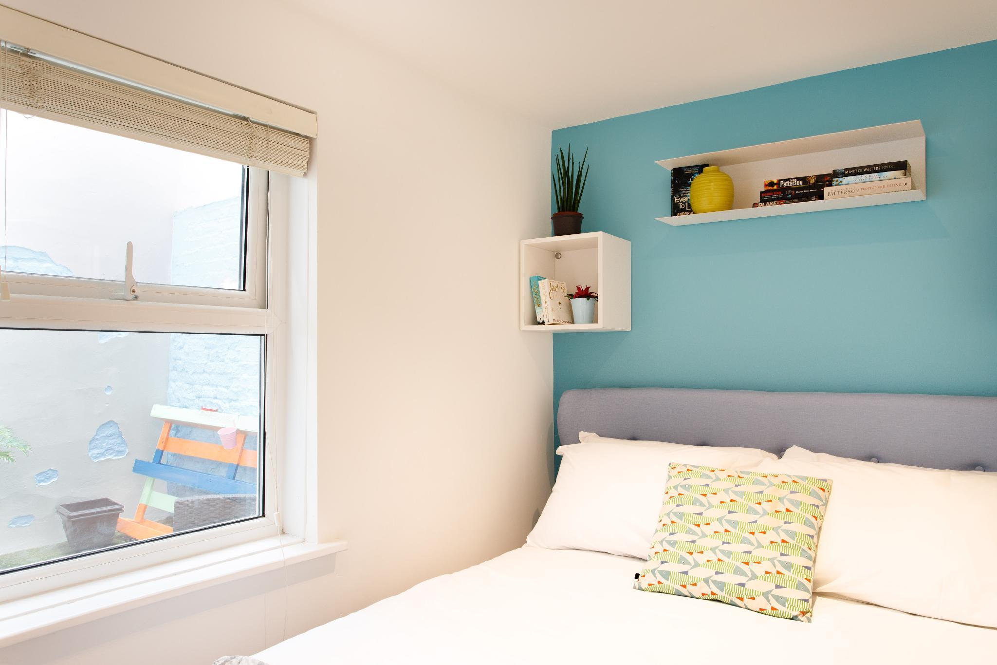 (m02) Beautiful 2Bed patio apartment in Kensington