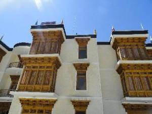 Hotel Munshi Continental