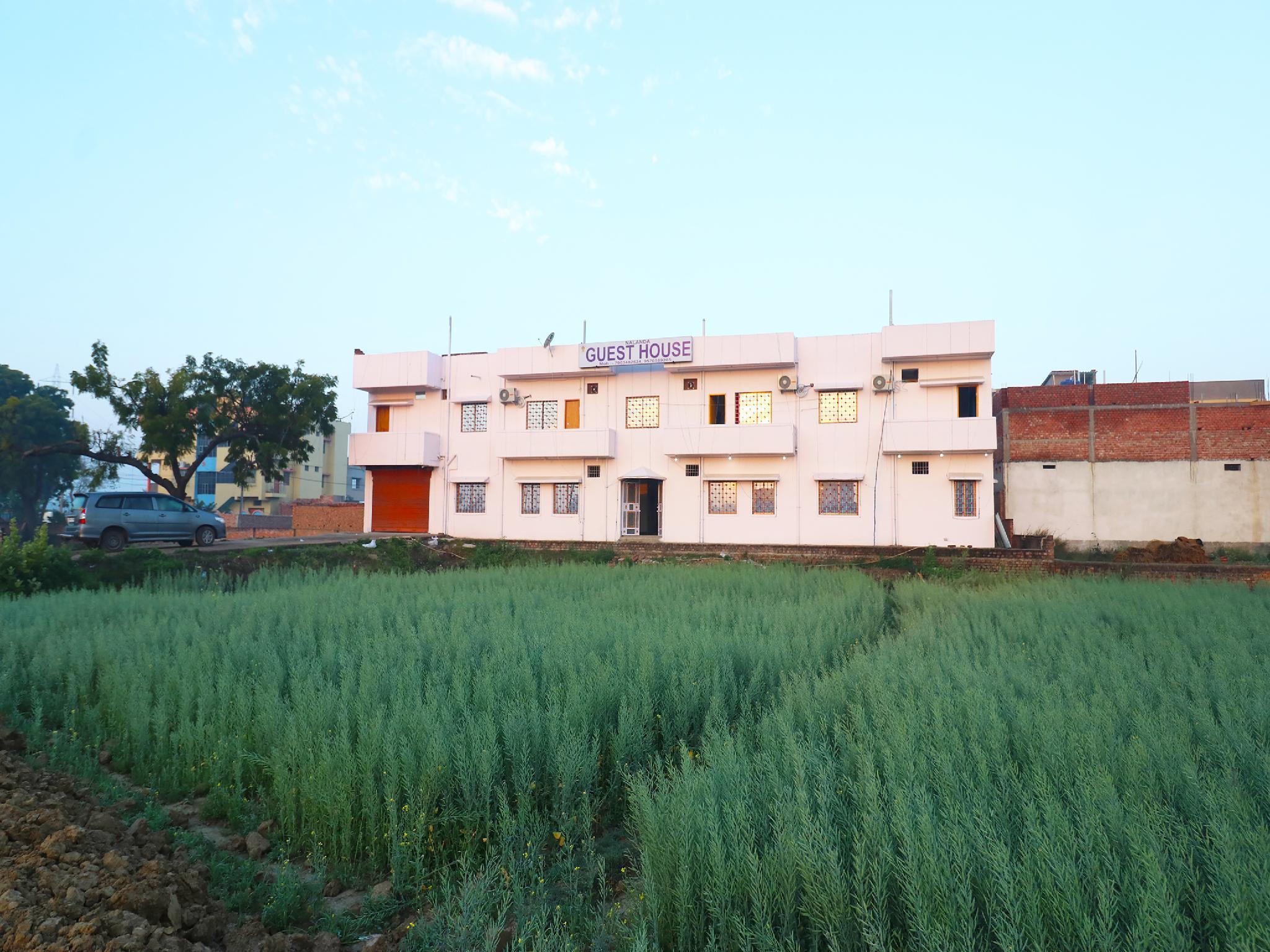 OYO 28298 Nalanda Guest House