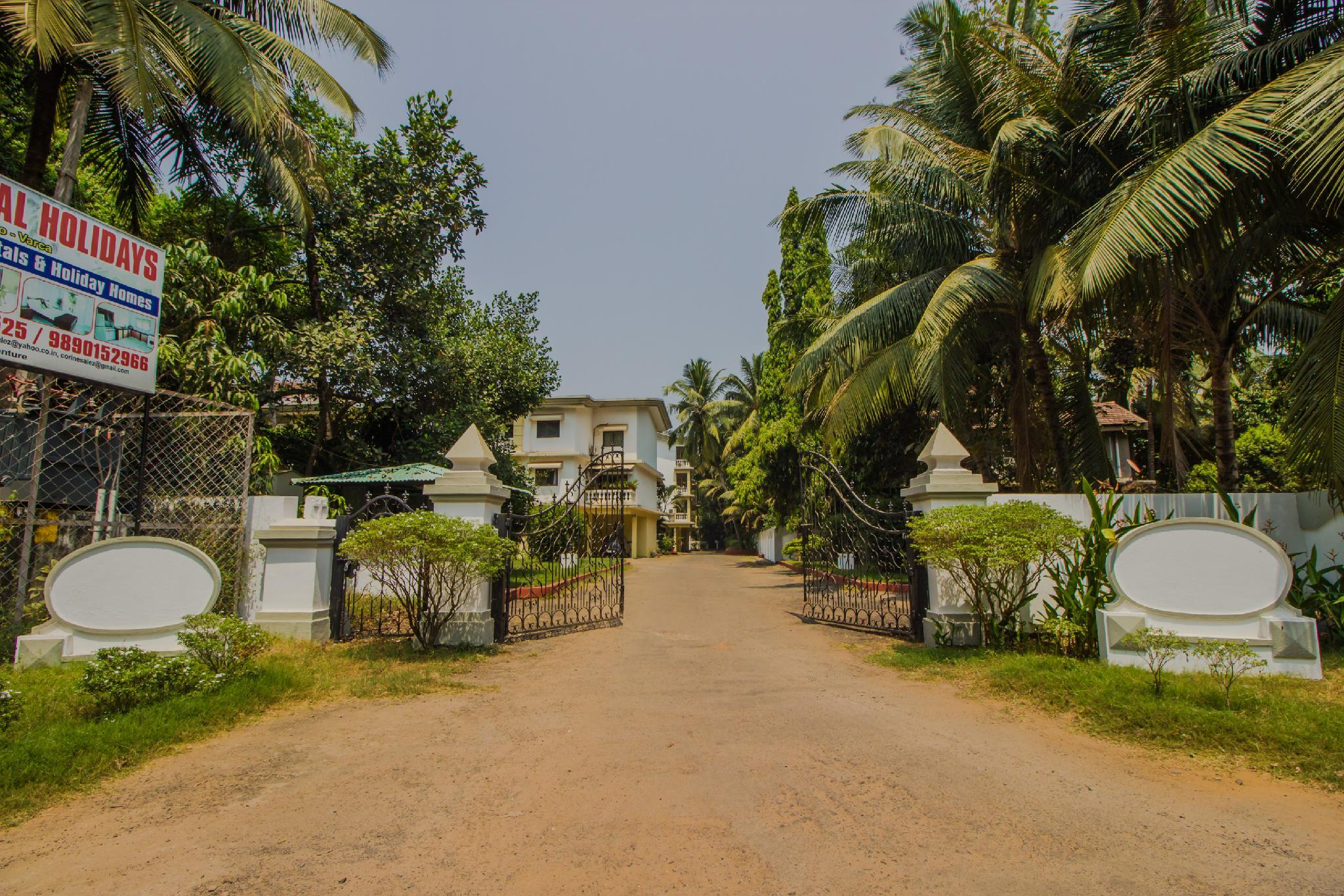 OYO 12036 With Pool 1BHK