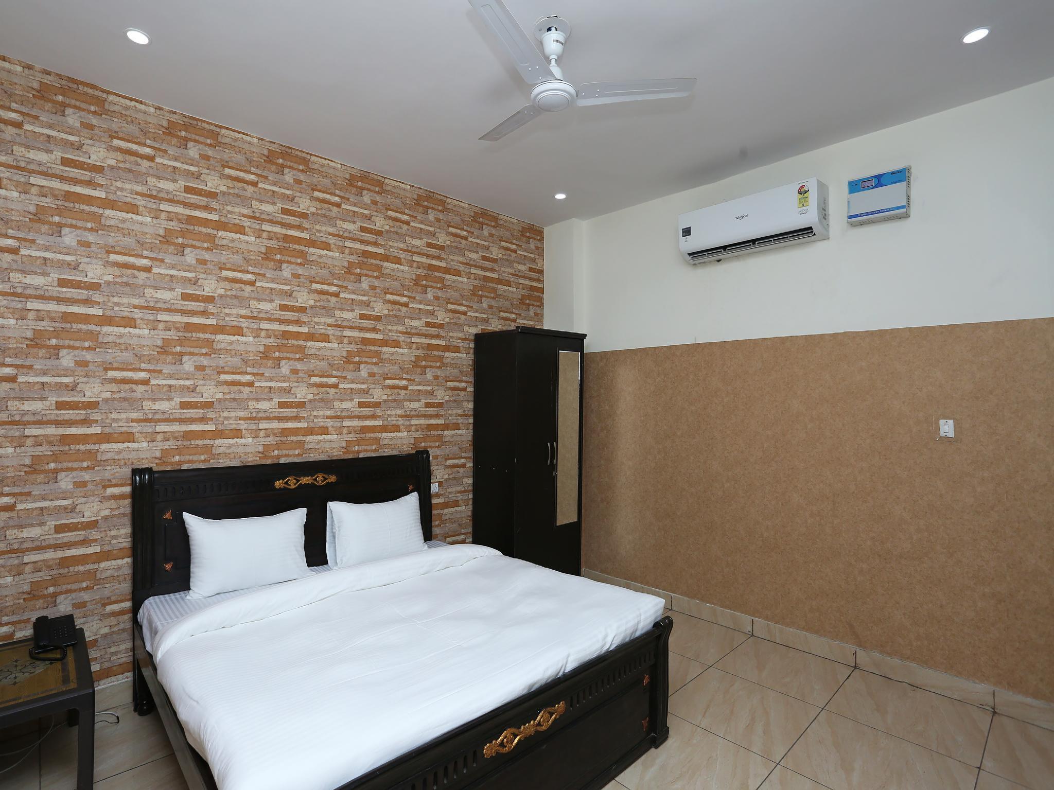 SPOT ON 36021 Diamond Guest House