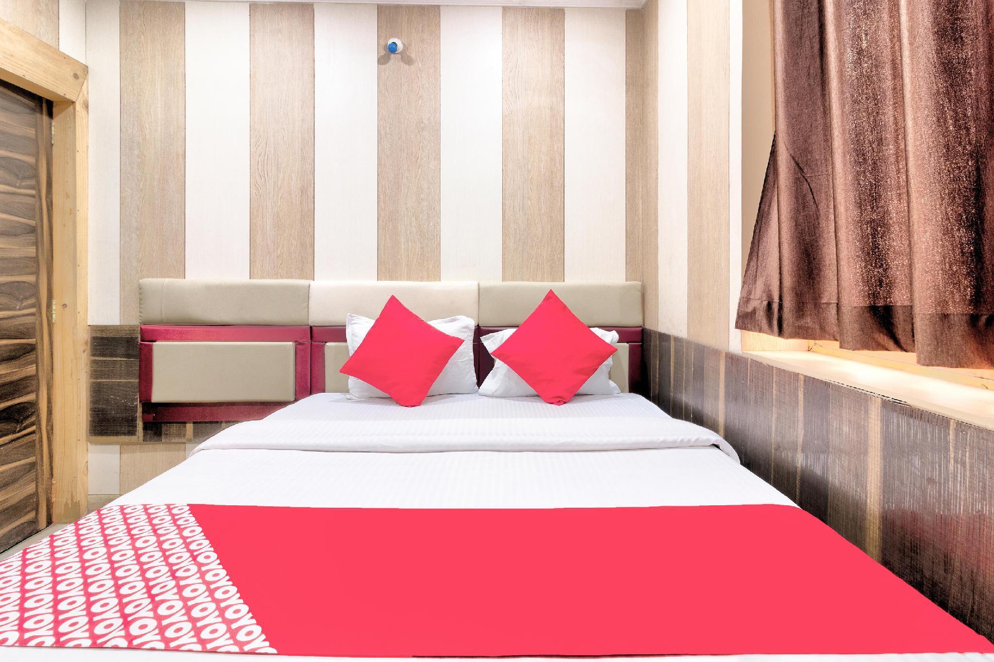 OYO 30473 New Hotel Suman