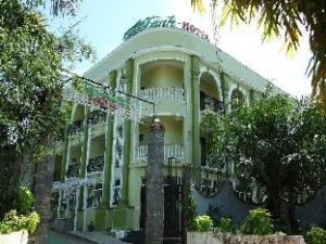關於綠築飯店 (Truc Xanh Hotel)