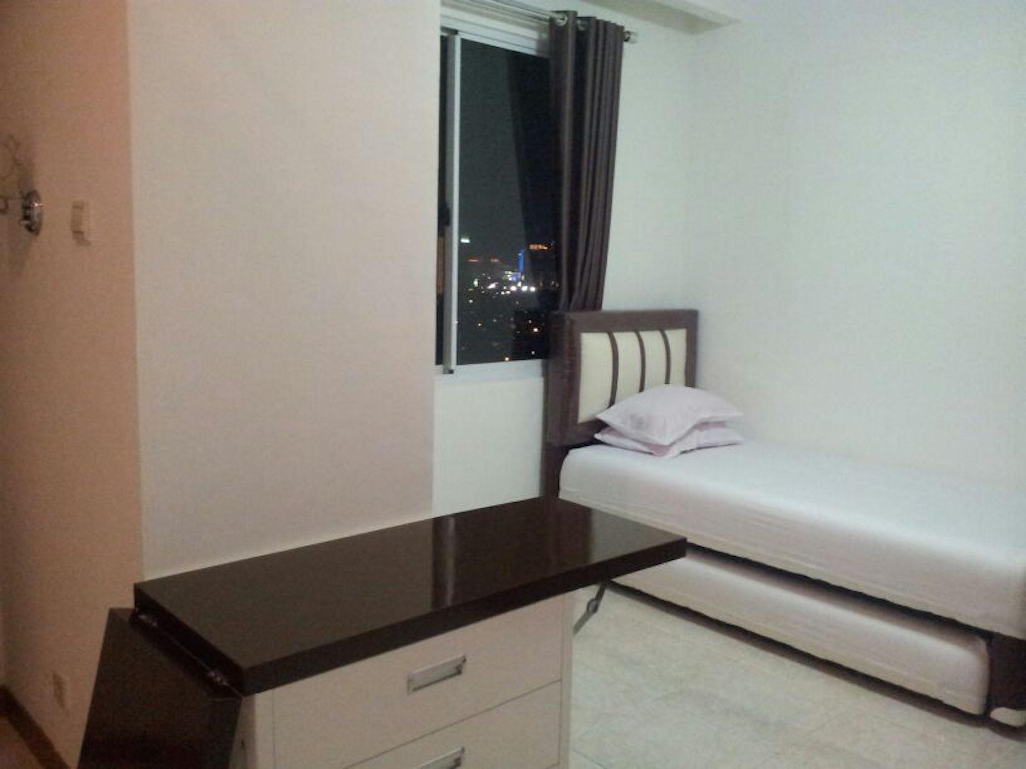 Homestay Family Room Close To Senayan
