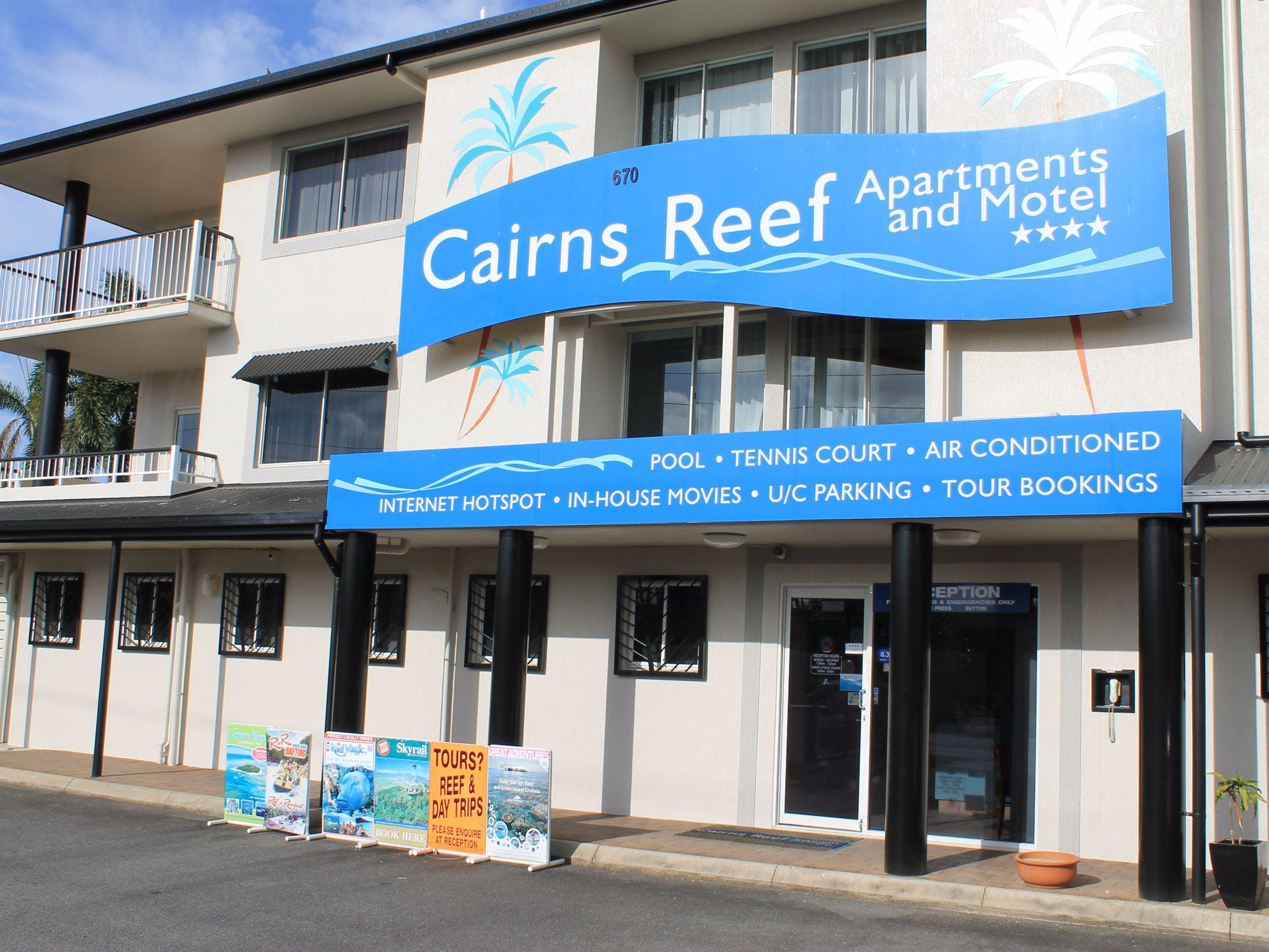 Review Cairns Reef Apartments & Motel