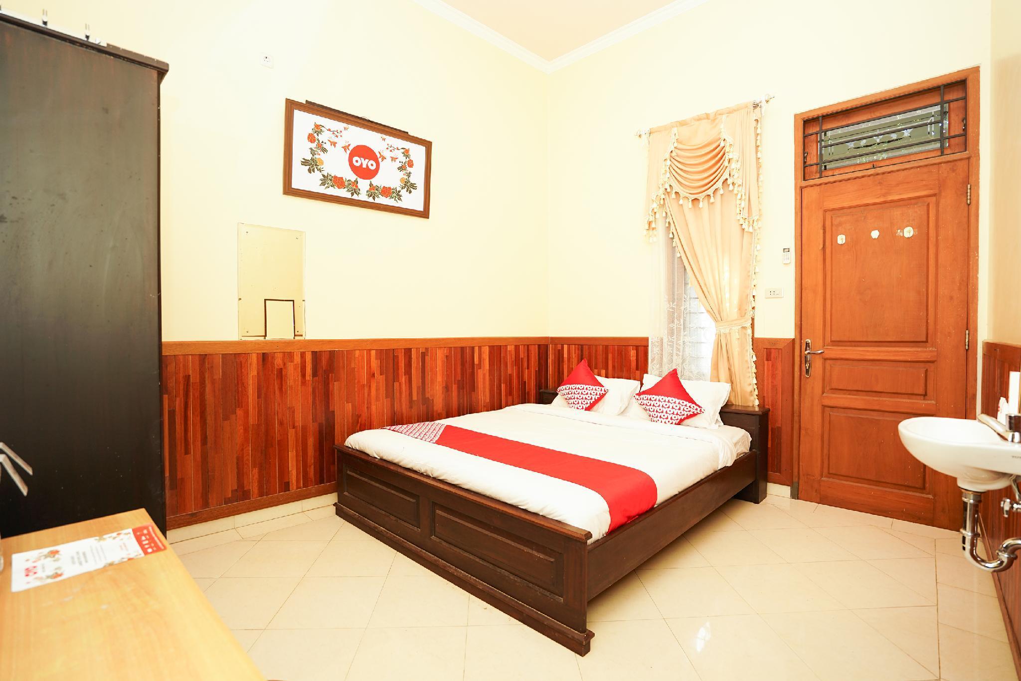 OYO 771 Kembang Kuning Residence Syariah