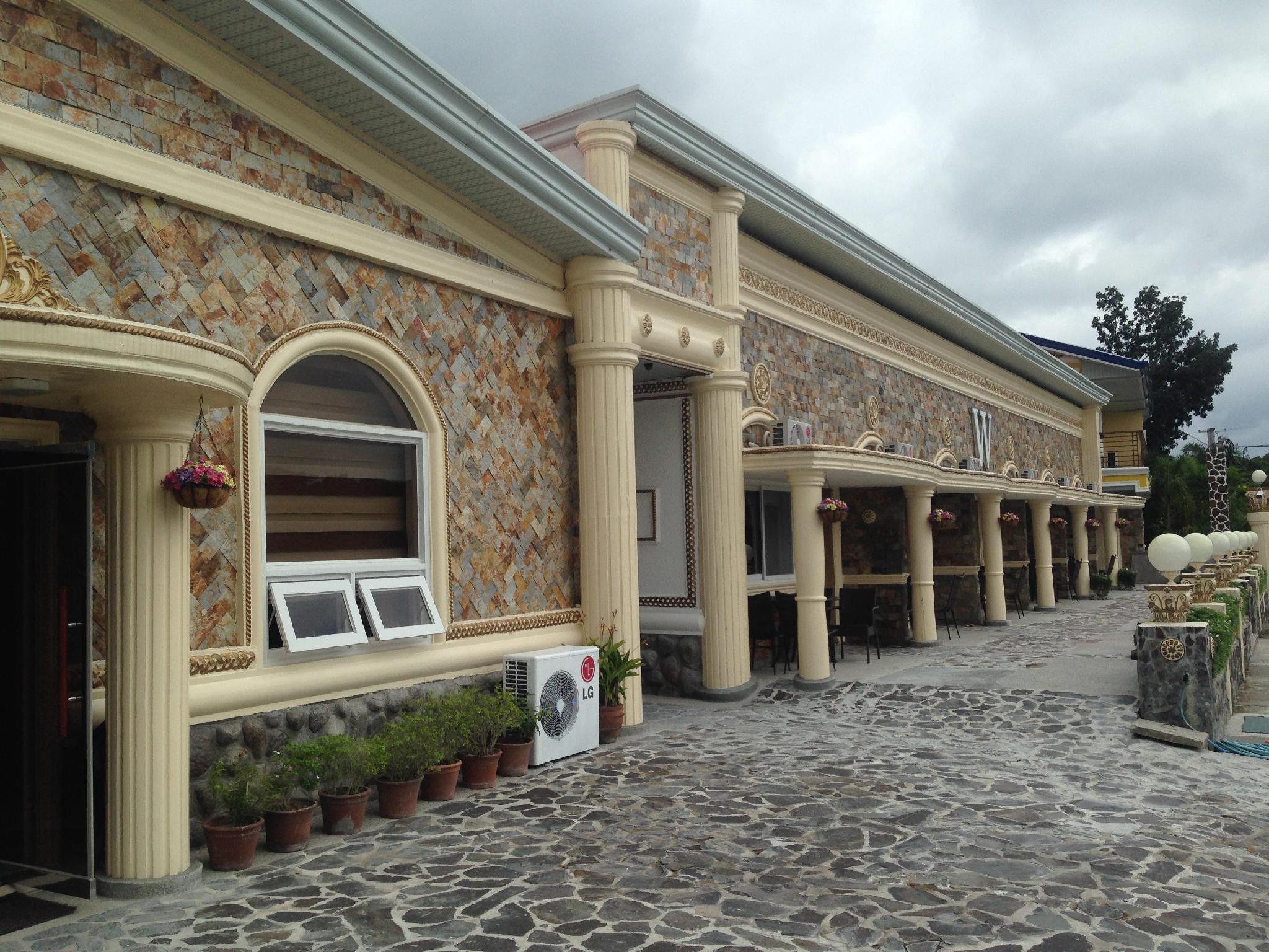 Clark Hotels
