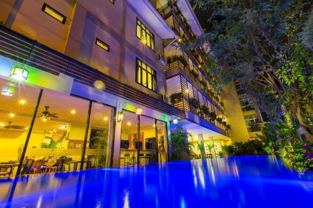 โรงแรมคาโร โลตัส – Karou Lotus Hotel