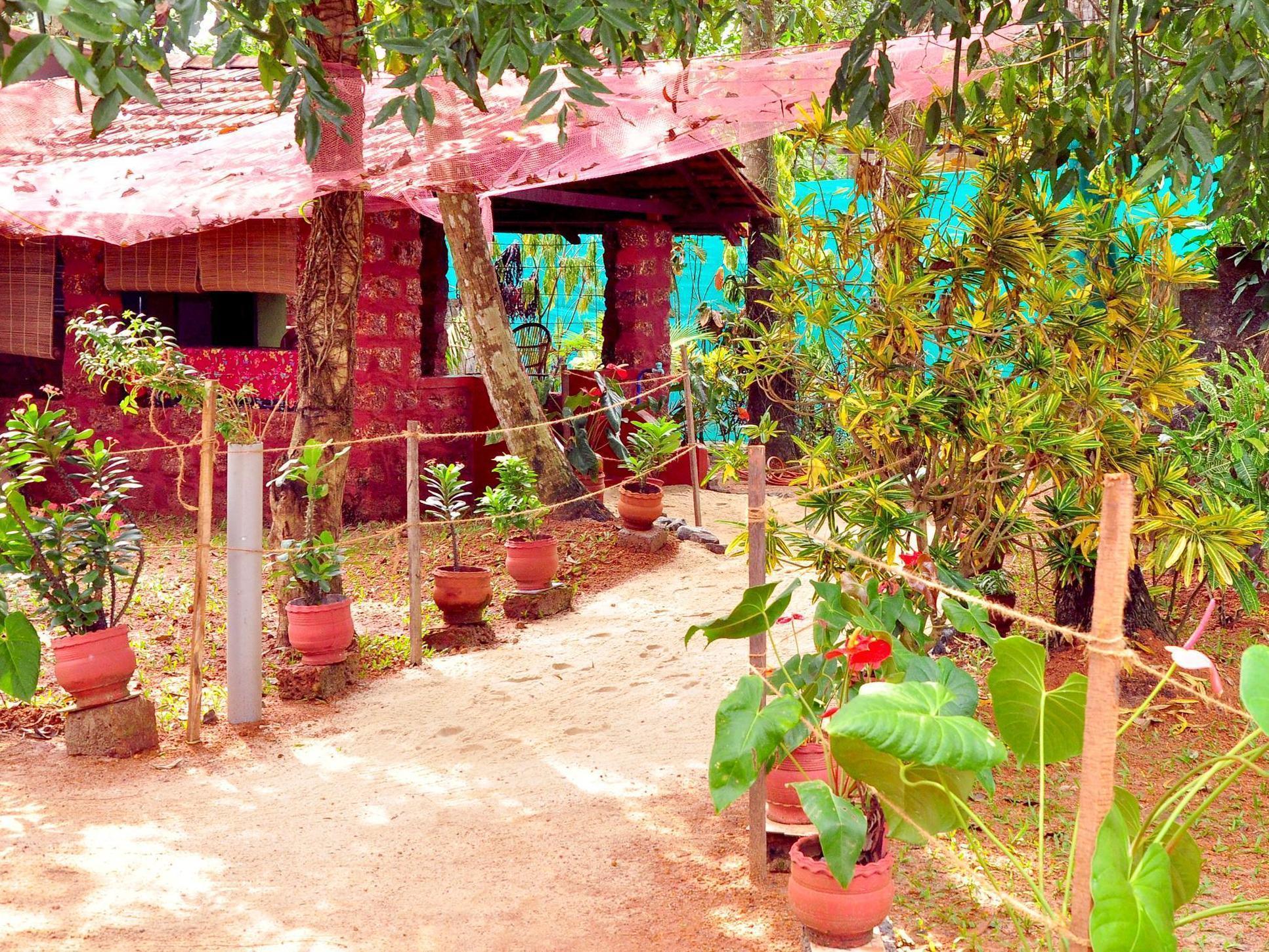 Marari Beachgarden Guest House