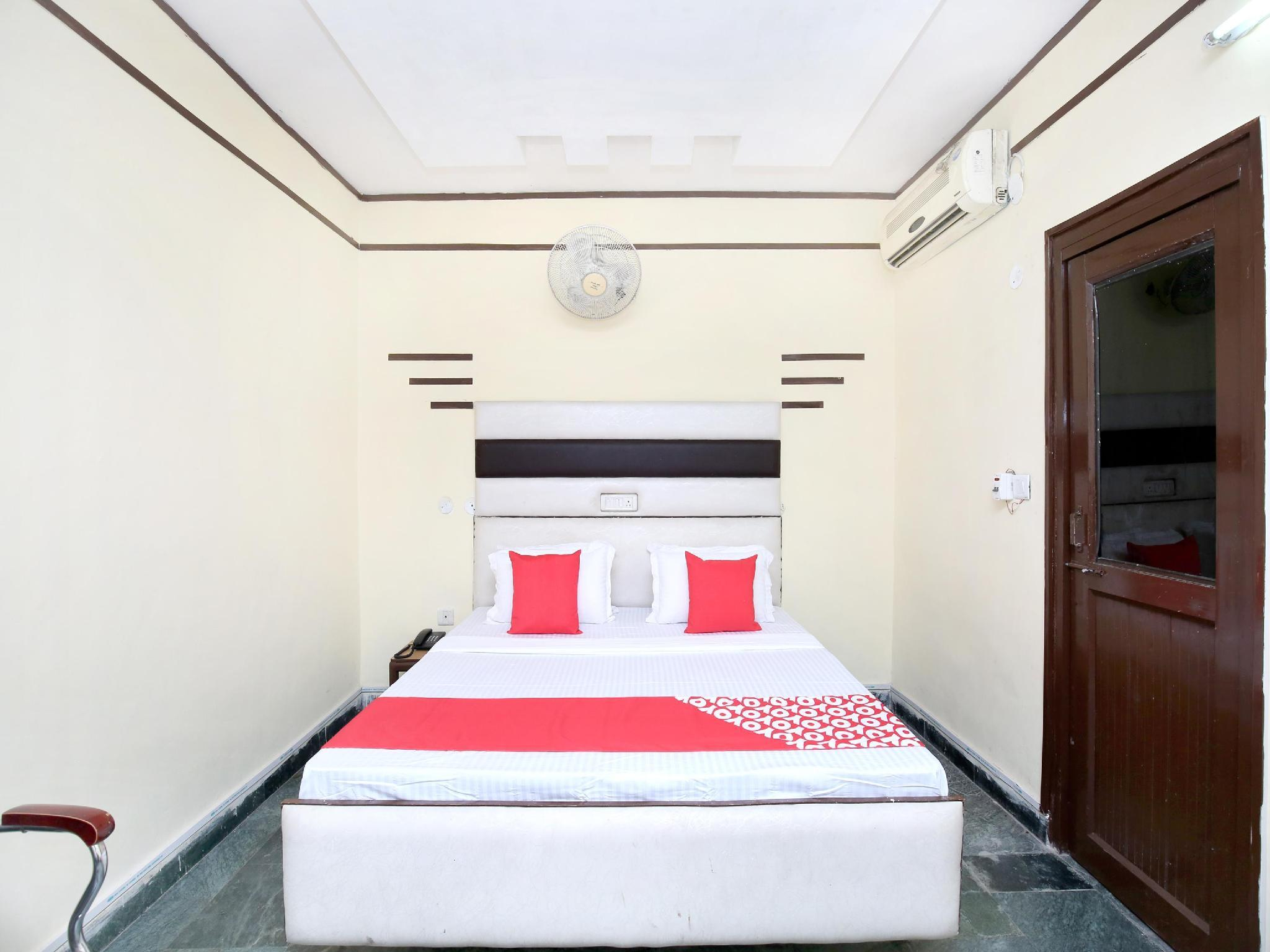 OYO 14830 Hotel Dreamland Resorts