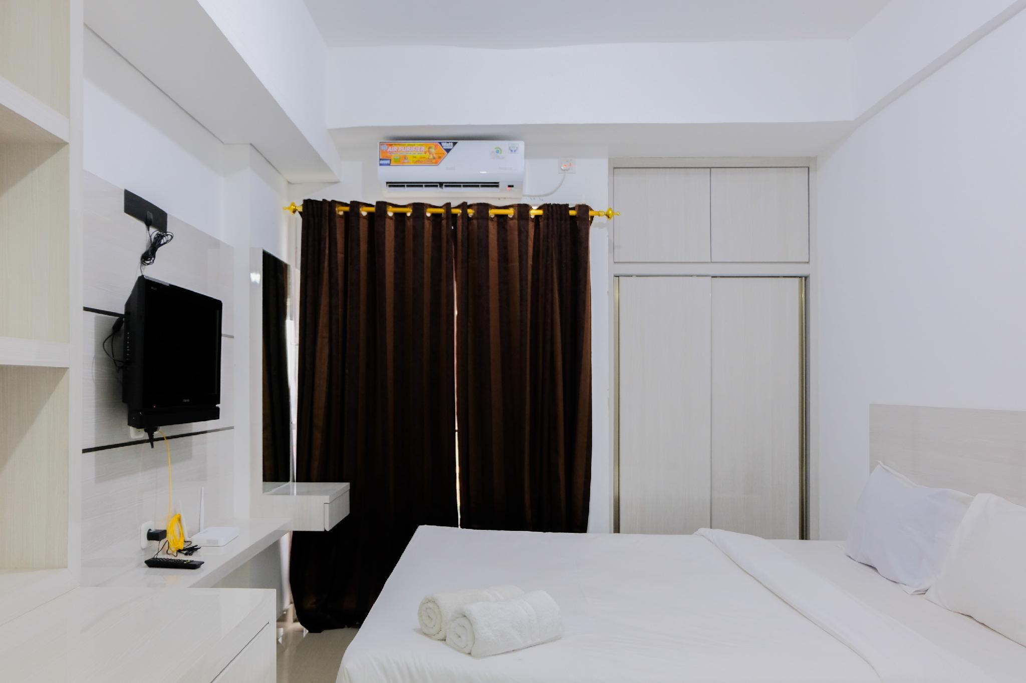 Simple Studio Room @Poris 88 Apartment By Travelio