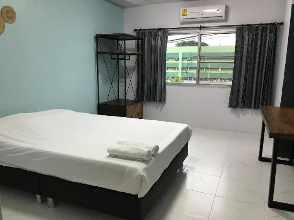 Nimman Expat Home: Room 4 (Double Bed) Chiang Mai