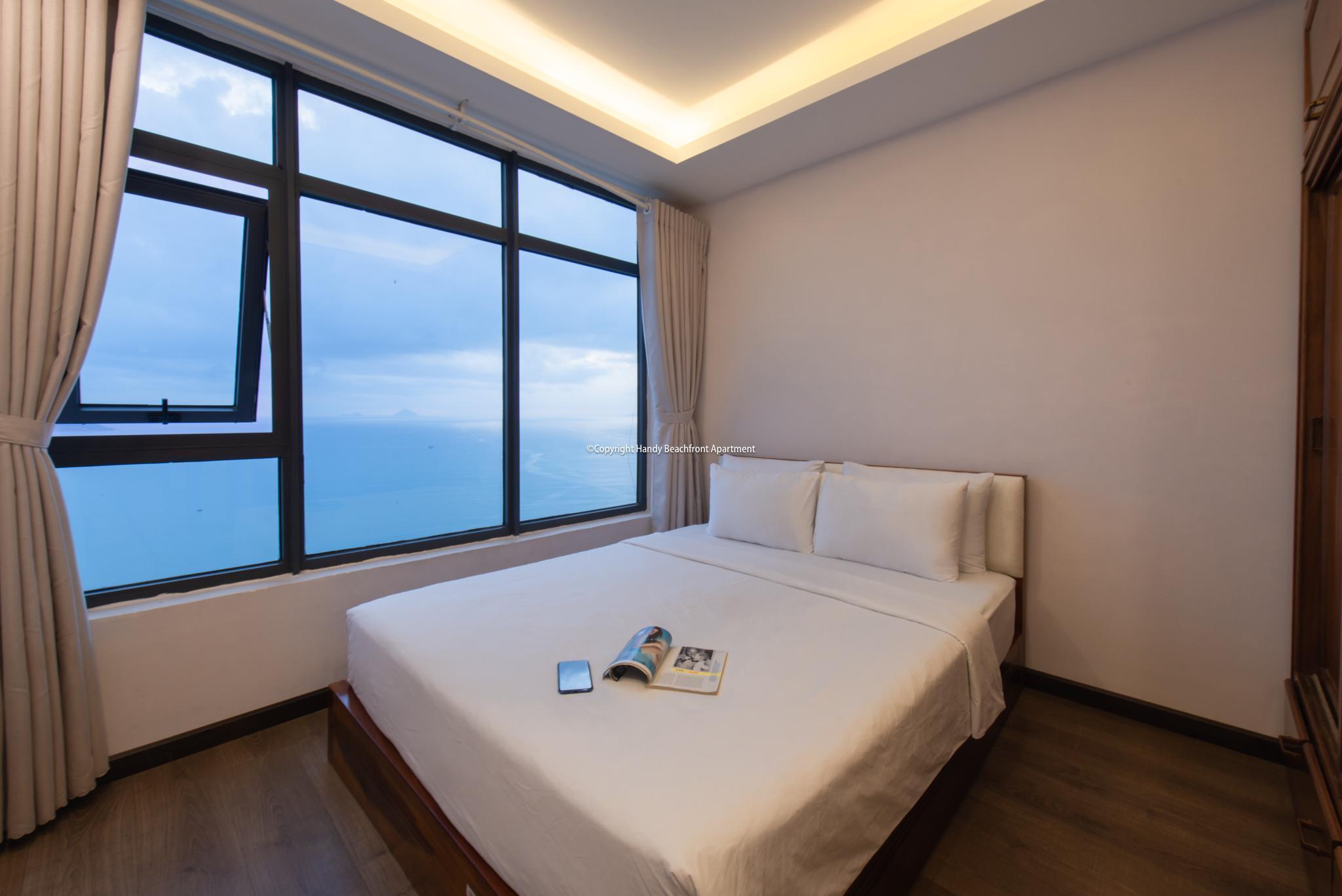 15. 3 BEDROOM OCEANVIEW +BALCONY By Handybeach