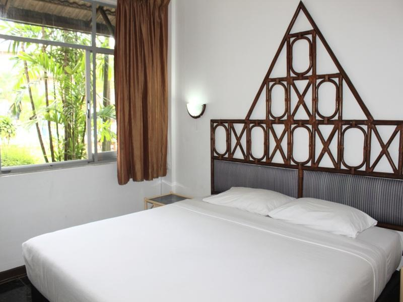 Basaya Beach Hotel & Resort บาศญ่า บีช โฮเต็ล แอนด์ รีสอร์ท