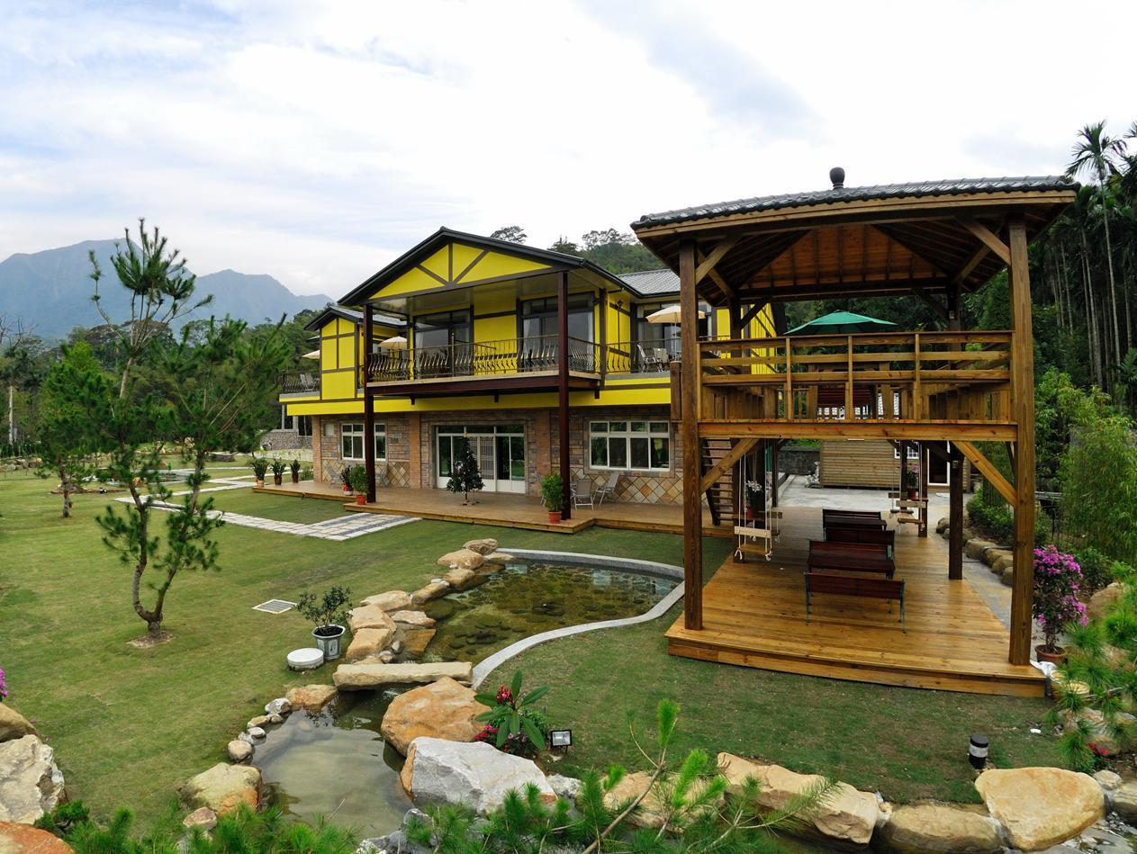 Peach Villa