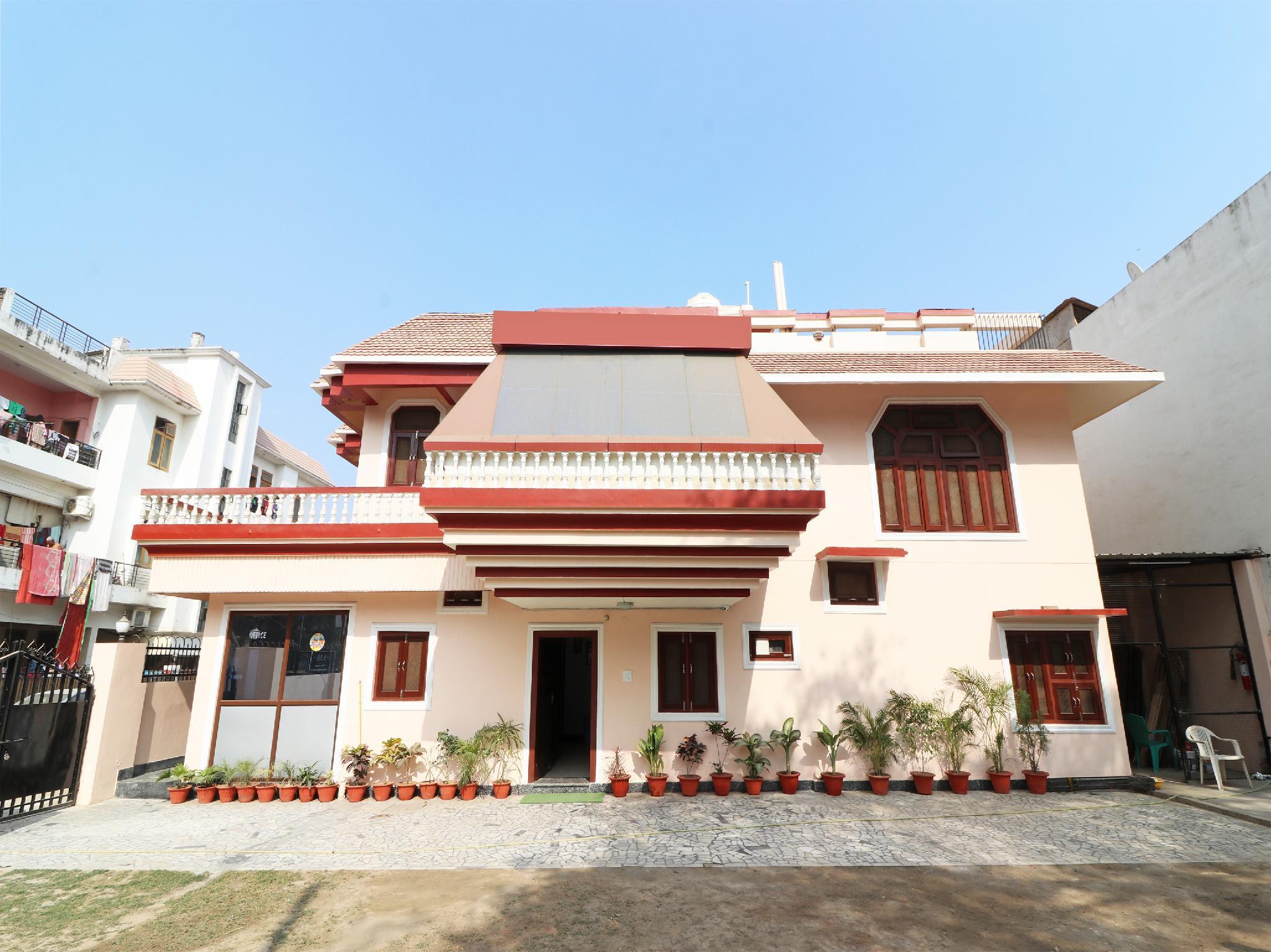SPOT ON 36302 Ganesh Lodge