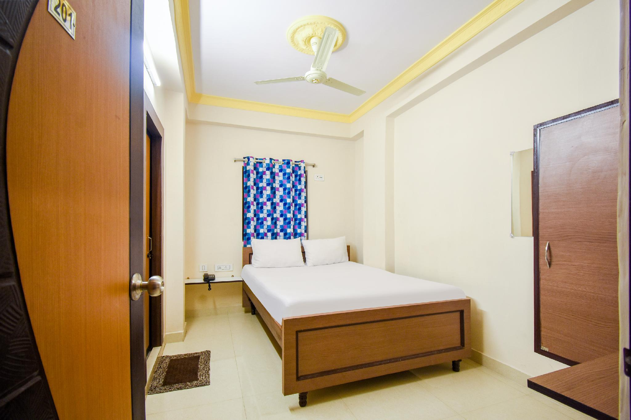 SPOT ON 27697 Trisha Guest House