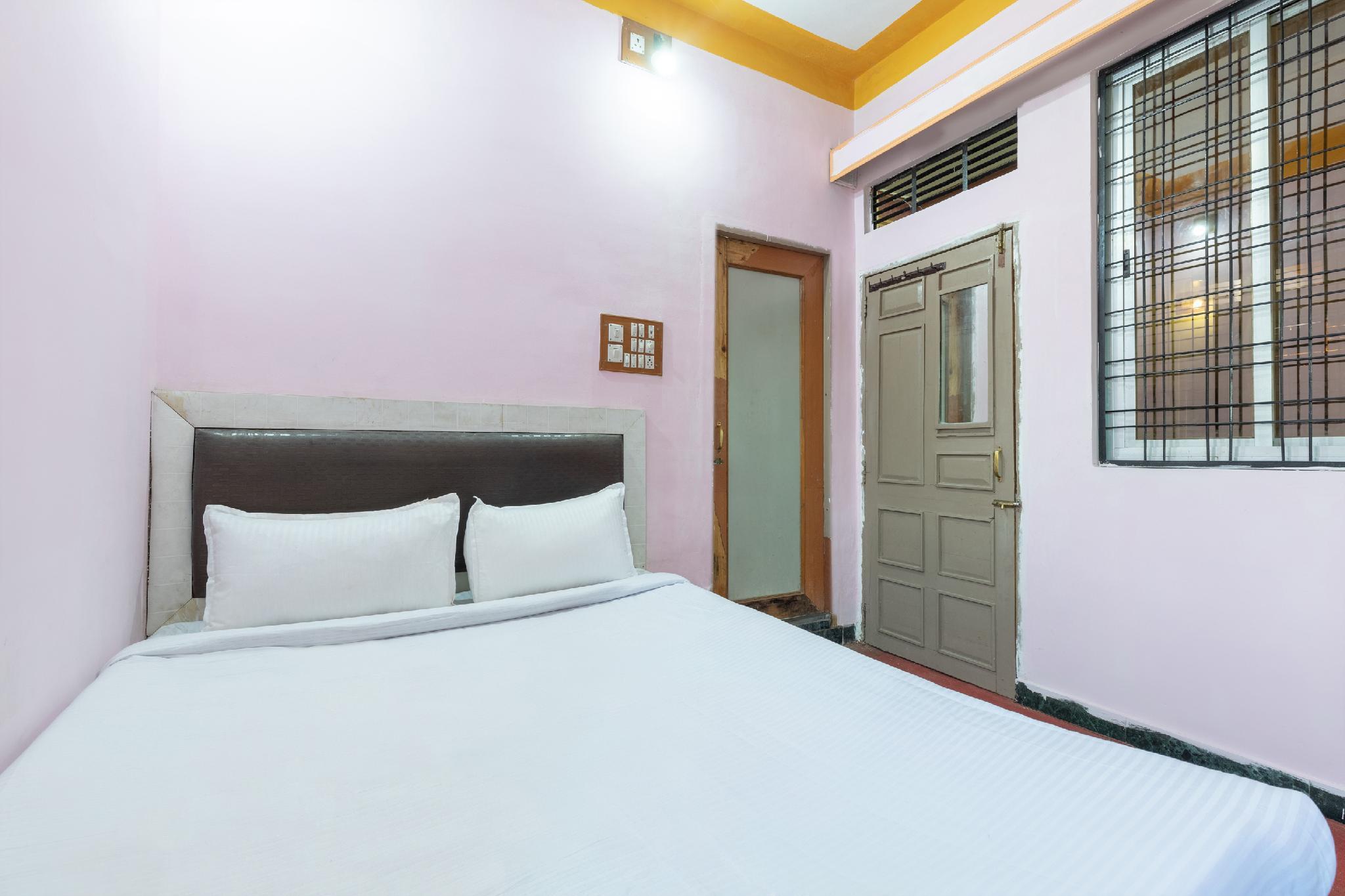 SPOT ON 36624 Hotel Kalpvraksha Residency