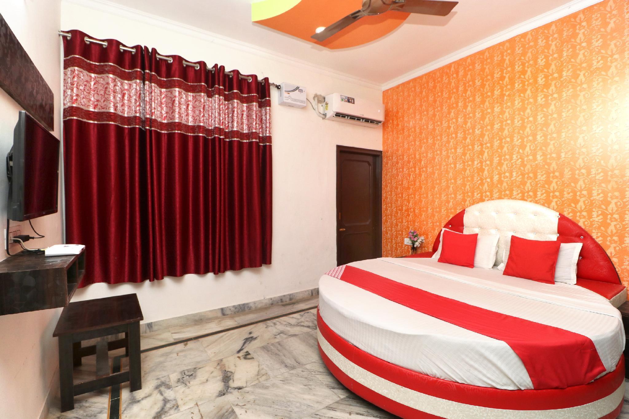 OYO 38104 Hotel Balwant Residency