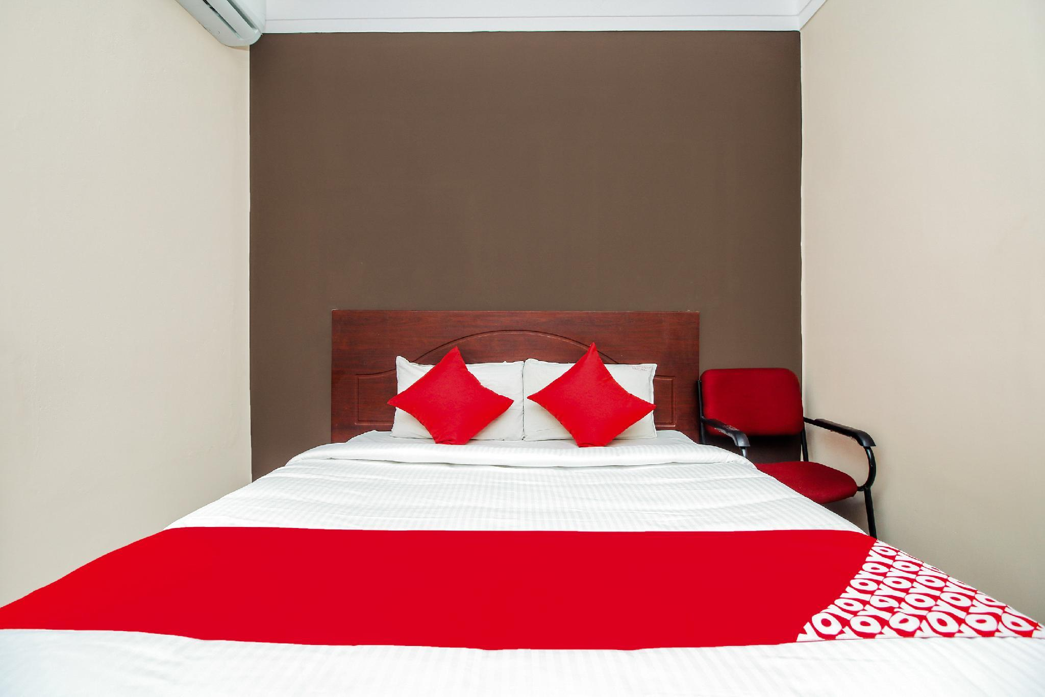 OYO 37750 HOTEL BOOPATHI INTERNATIONAL