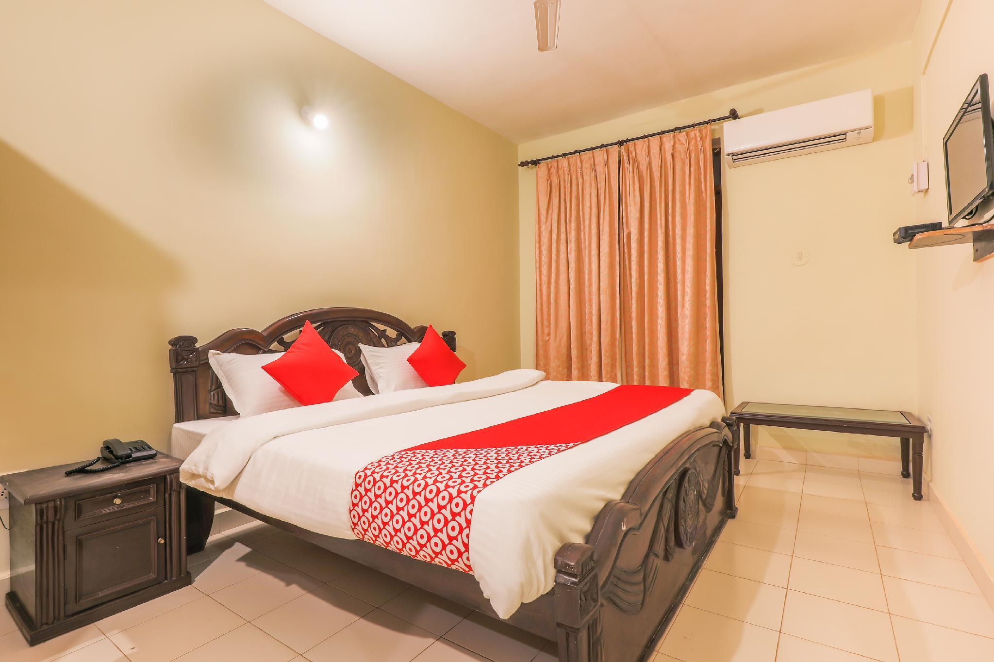 OYO Townhouse 256 Silver Palm Calangute