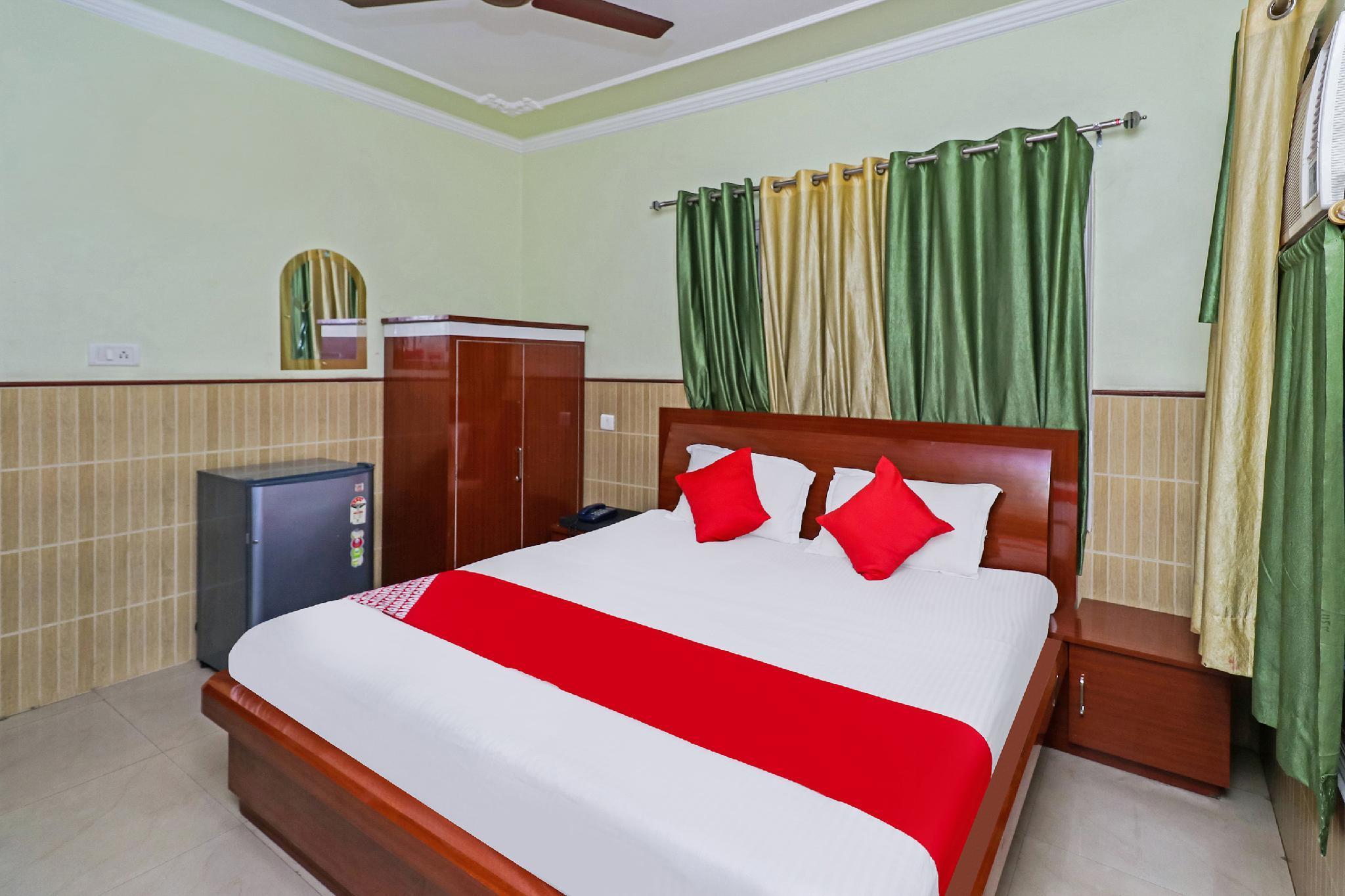 OYO 38784 Hotel Dayal Guest House