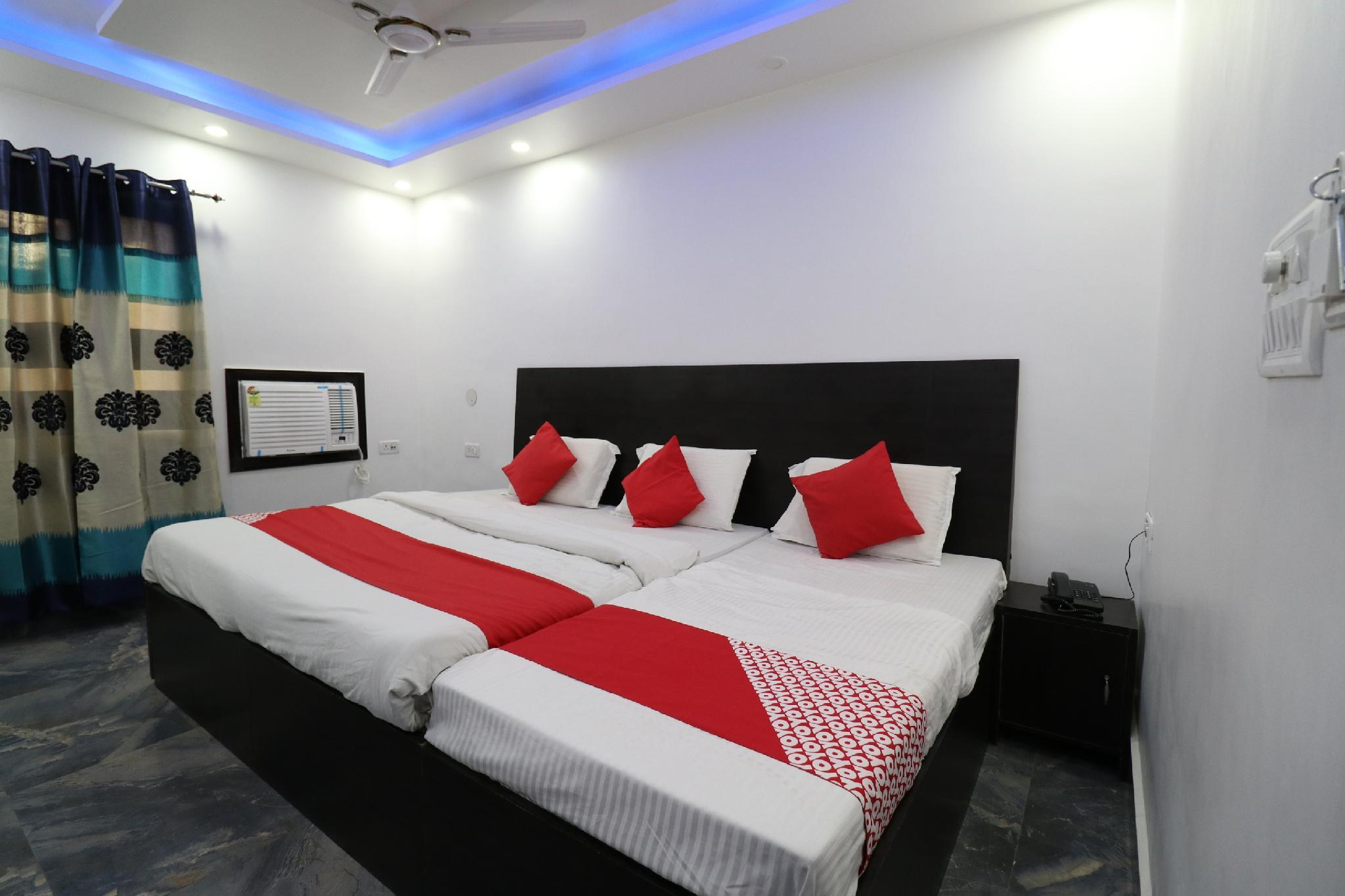OYO 35451 Hotel Homelike