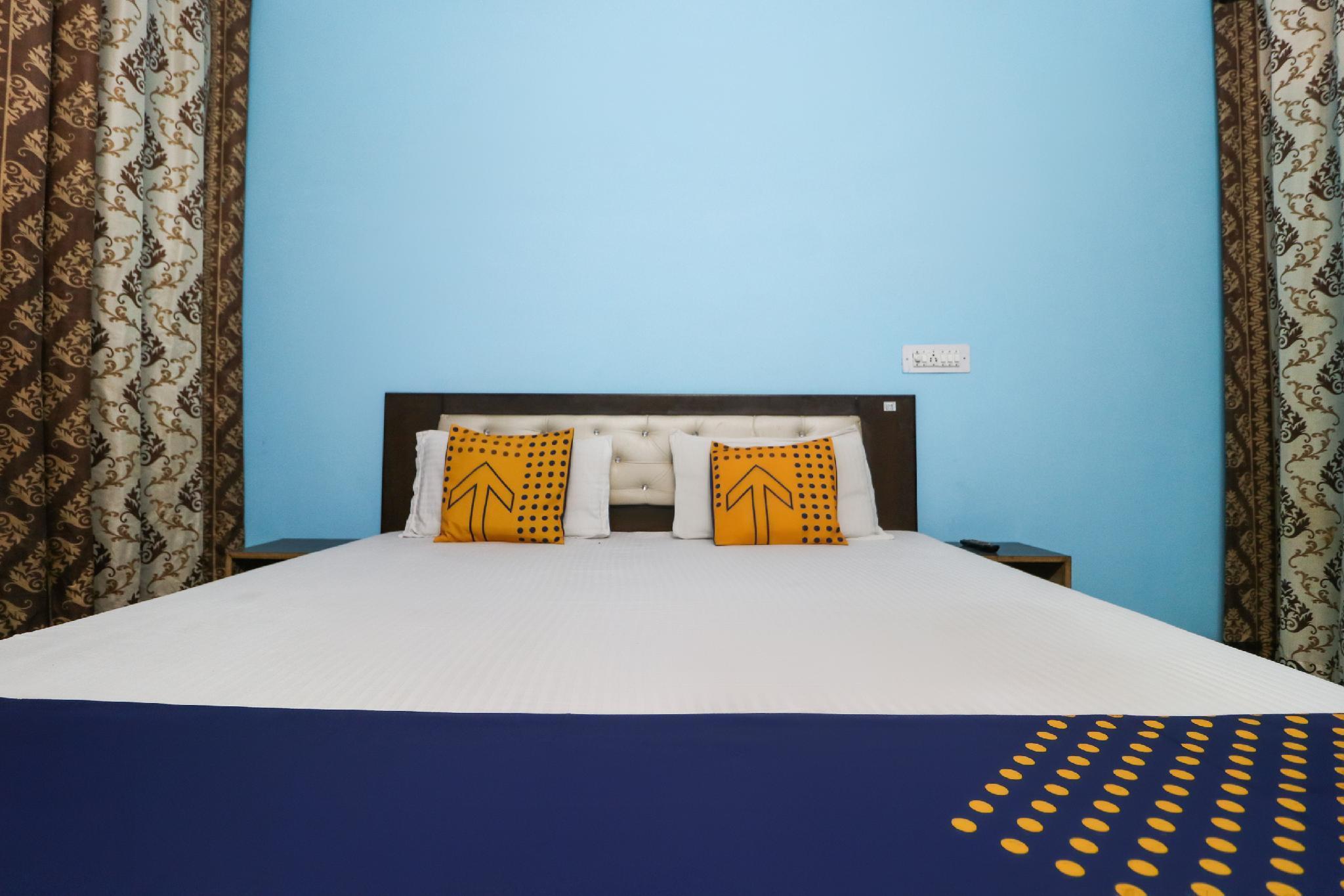 SPOT ON 38215 Hotel Shivalya