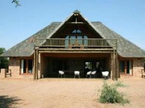 มาคาโต 84 บุช ลอดจ์ (Makhato 84 Bush Lodge)