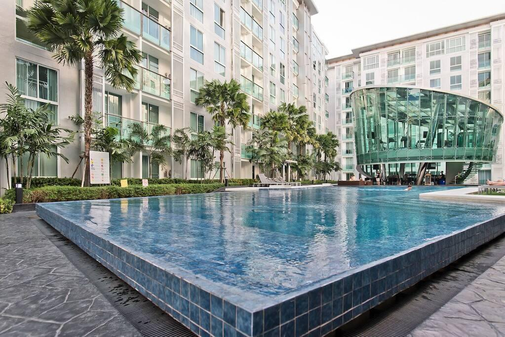 CENTRAL LOCATED 1 Bed In City Center Residence