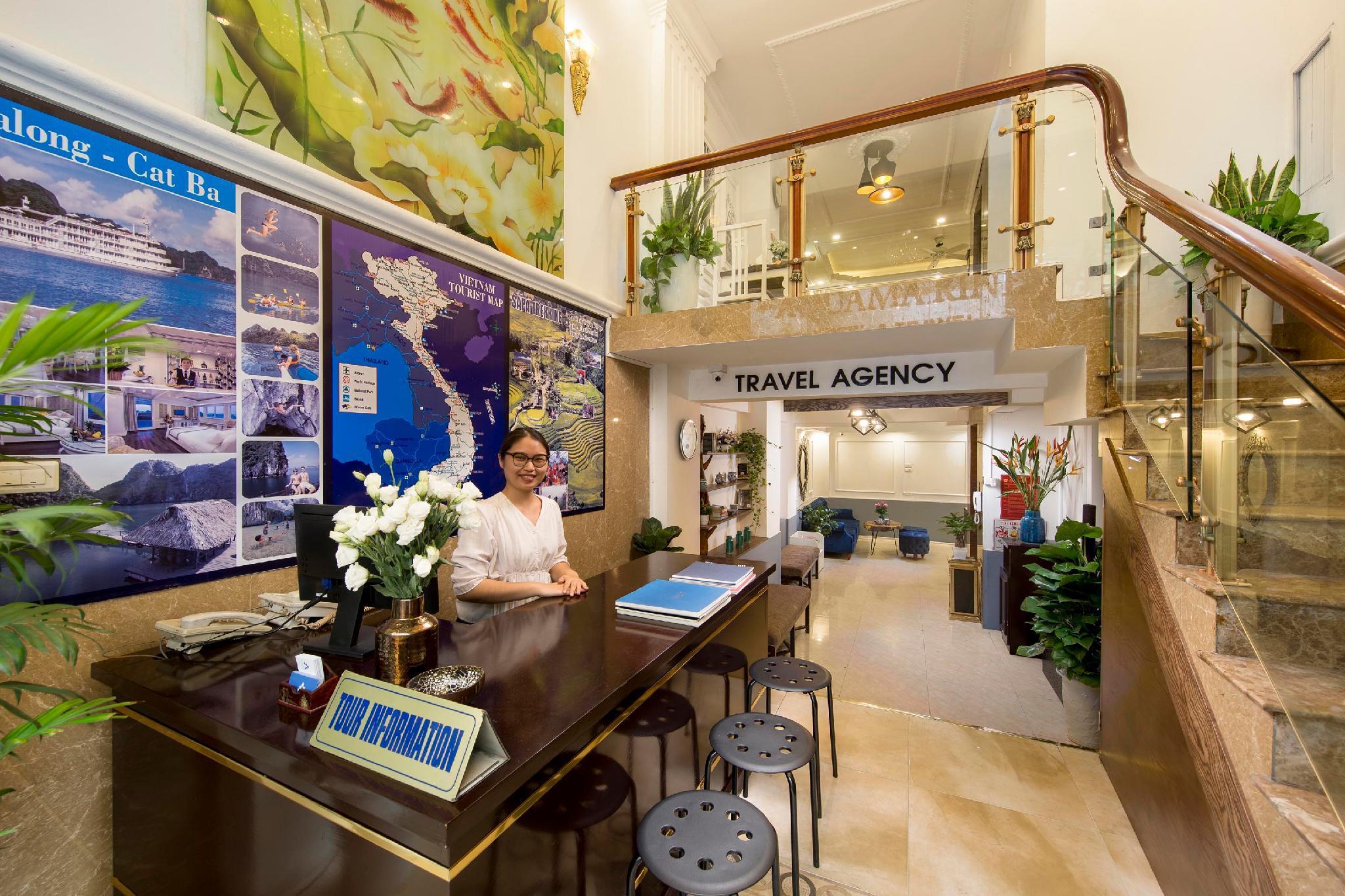 Aquamarine Hotel And Travel