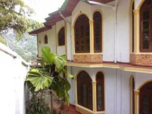 Umaya Holiday Inn
