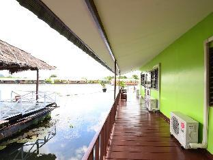 Фото отеля The Best Riverside Guesthouse