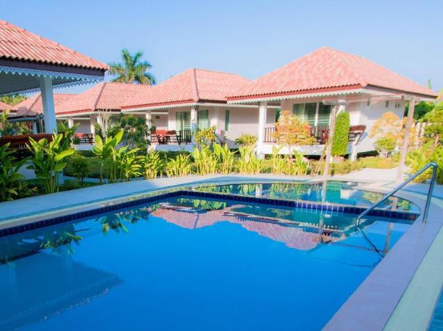 บ้านอบอุ่น การ์เดน รีสอร์ท – Baan Opun Garden Resort