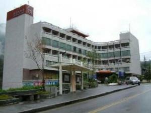 龙谷观光饭店 (Dragon Vally Hotel and Paradise)