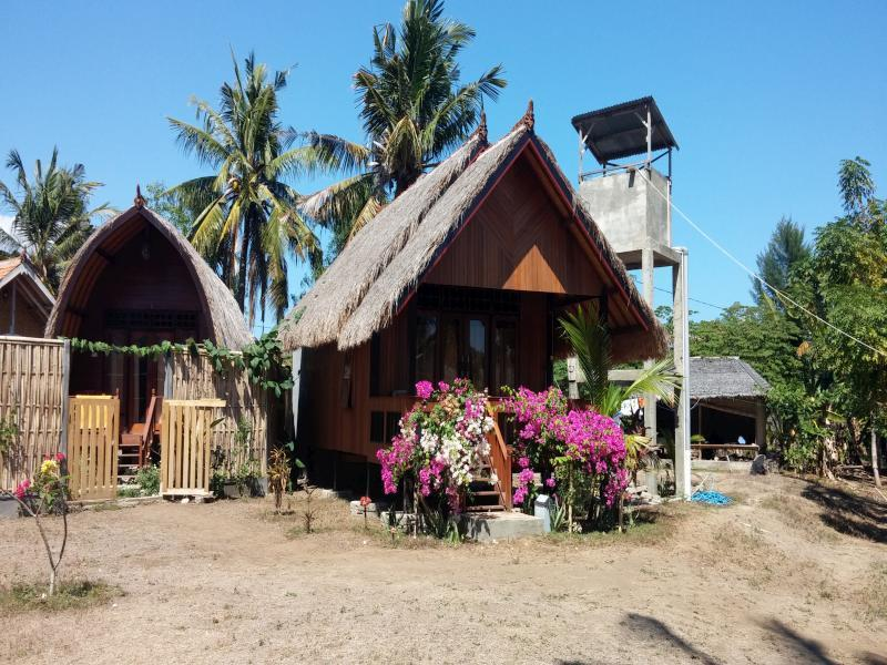 Bollata Bintang Beach Hotel