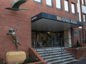 HOF - 100 Kings Road Apartments