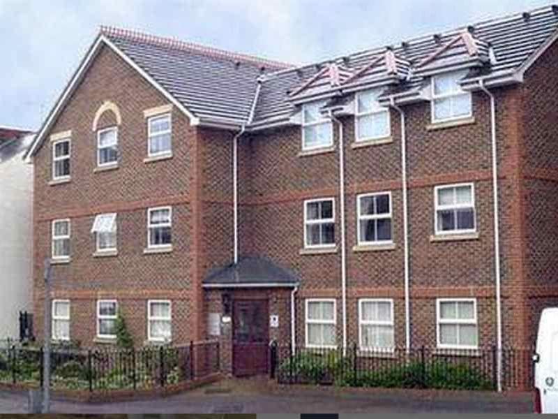 HOF   Stanshawe Court Apartments