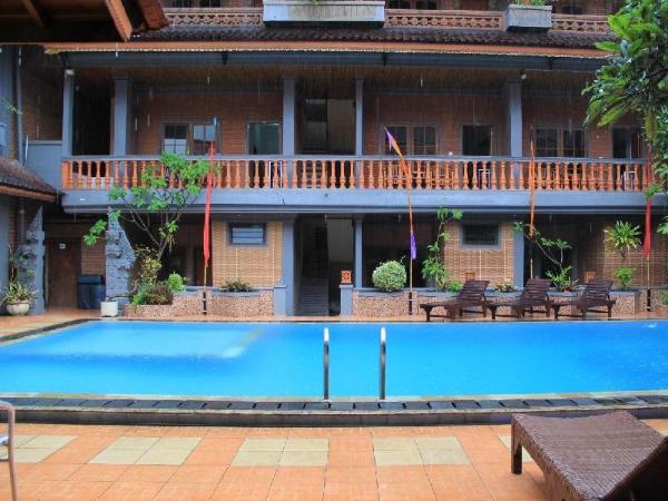 Hotel Sorga Cottages Kuta Bali