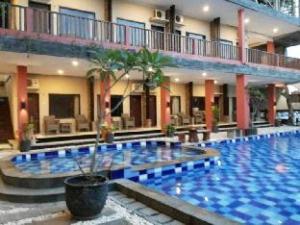 Holiday Beach Inn