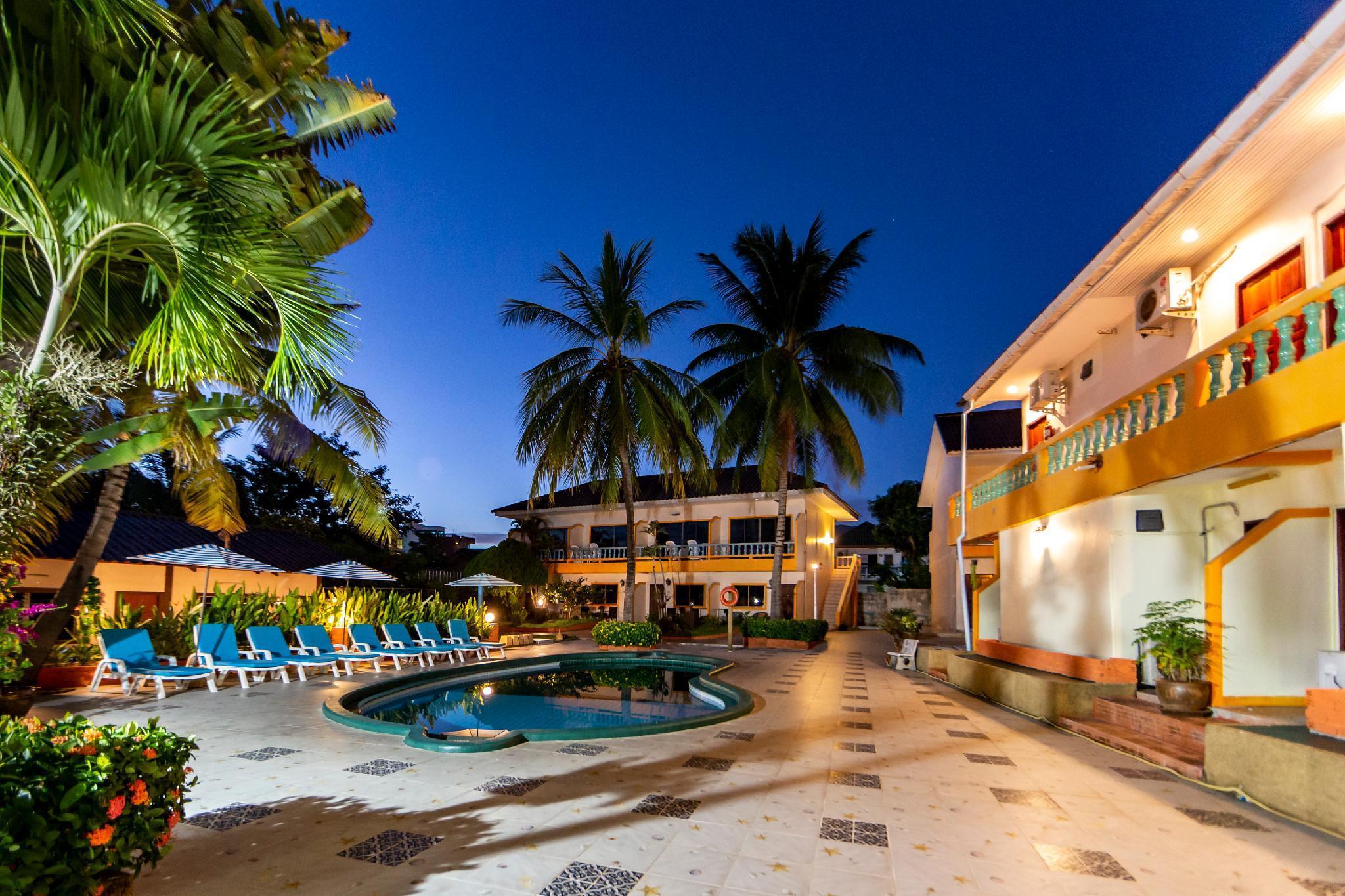 The Coconut Resort เดอะ โคโคนัท รีสอร์ต
