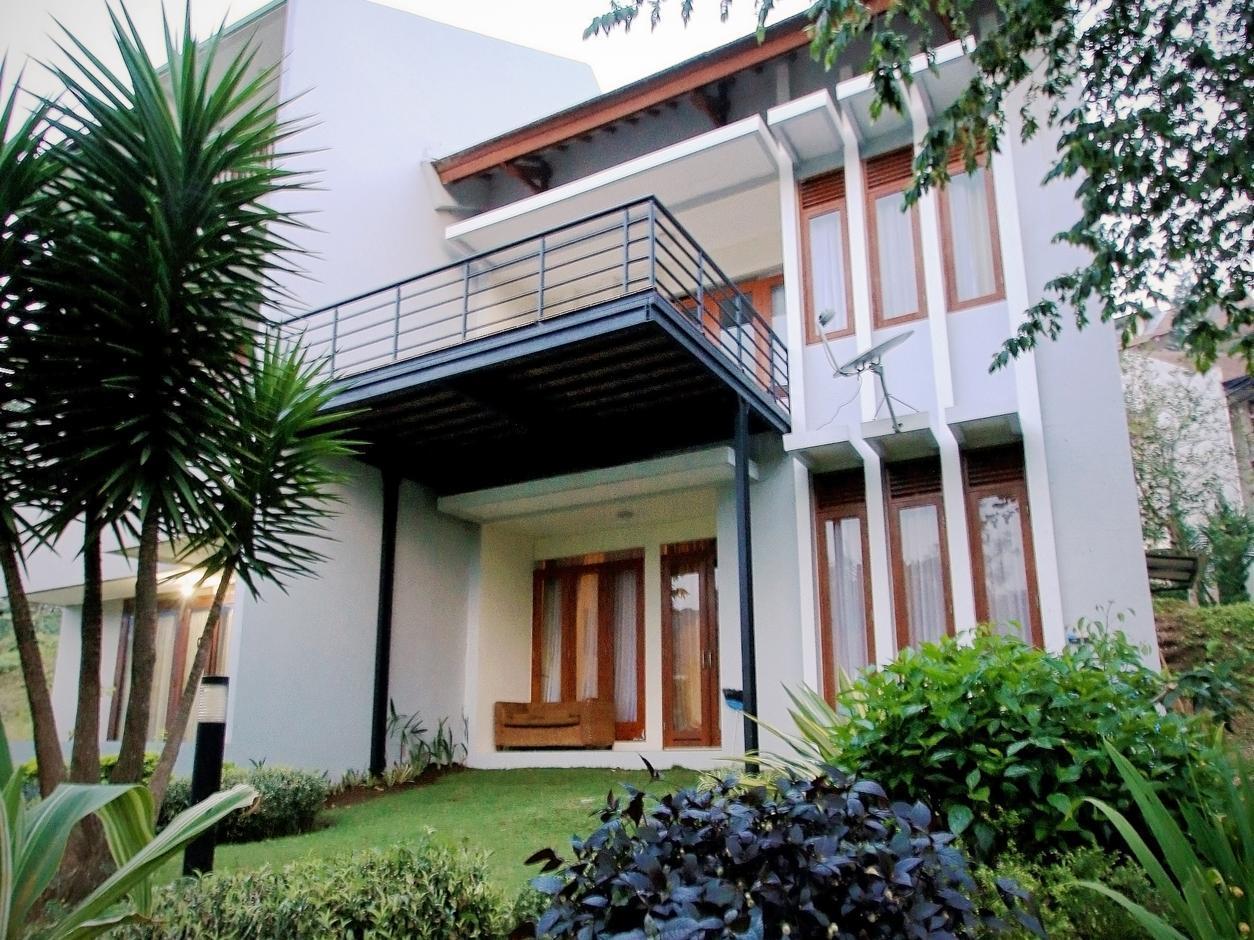 Villa Mawar Syariah, 3 BR, Nice View ke Bukit